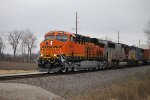BNSF 6845 Leads a nice set of power Nb.