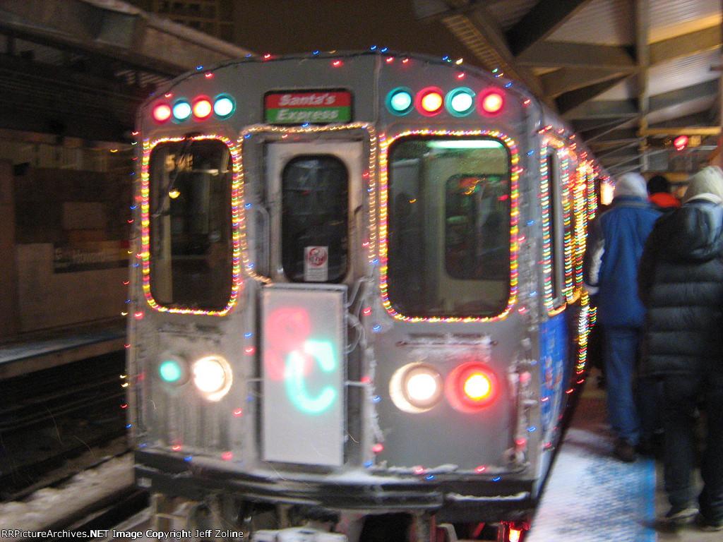 2008 CTA Holiday Train at Howard
