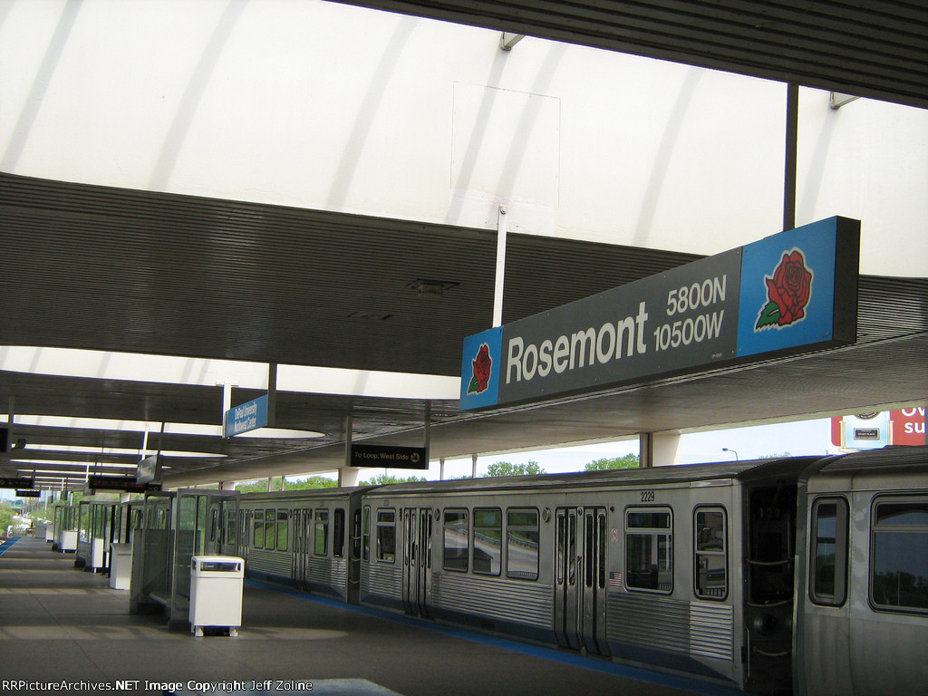 Rosemont CTA Station