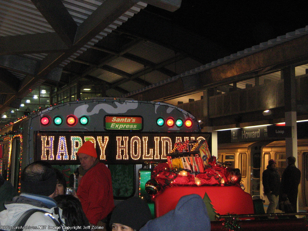 2009 CTA Holiday Train at Howard