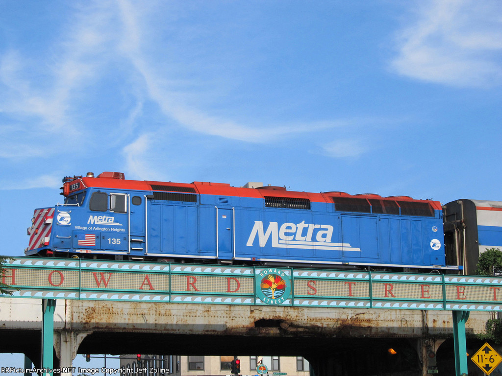 Metra UPN Train Crossing The Chicago/Evanston City Limits at Howard Street