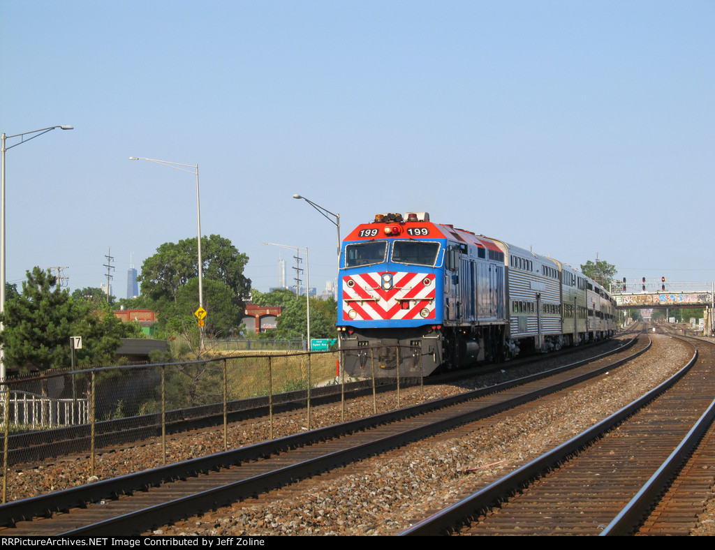 Metra BNSF Train Approaching Cicero