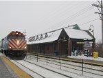 Metra MDN Train at Northbrook