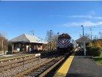 Metra UPN Train at Braeside in Highland Park