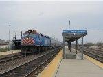 Metra BNSF Train at Western Avenue