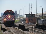 Metra UPN Train passing the Clybourn Junction (CY) Switching Tower