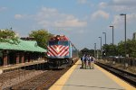 Metra UPNW Train at Des Plaines