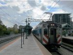 Metra Electric Train at (53rd Street) Hyde Park