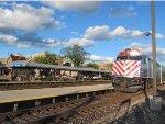 Metra UPNW Train at Des Plaines