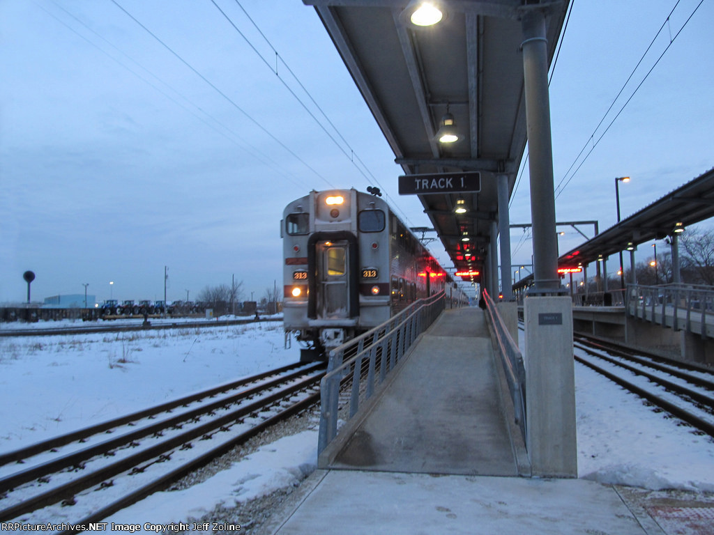 NICTD South Shore Line Train at Hegewisch