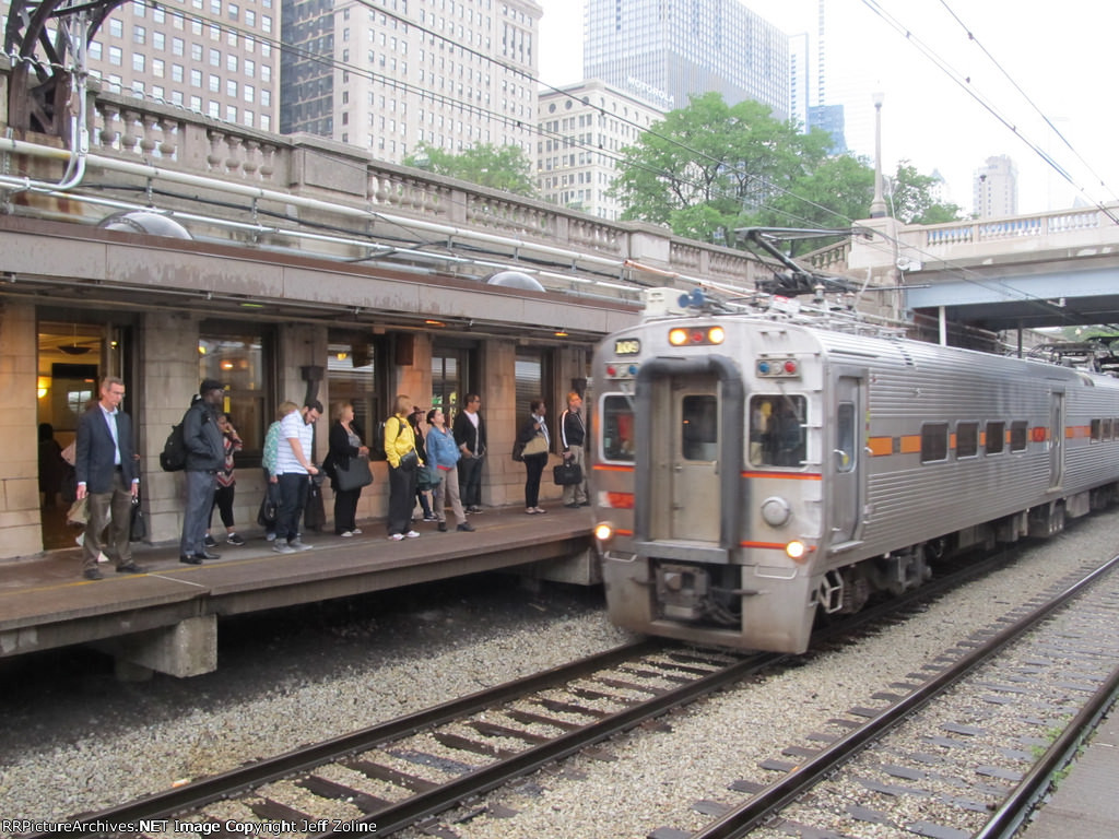 NICTD South Shore Line Train at Van Buren Street