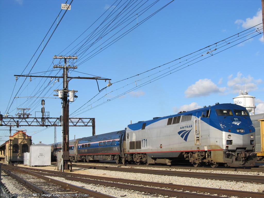 Amtrak Illini Train at Homewood
