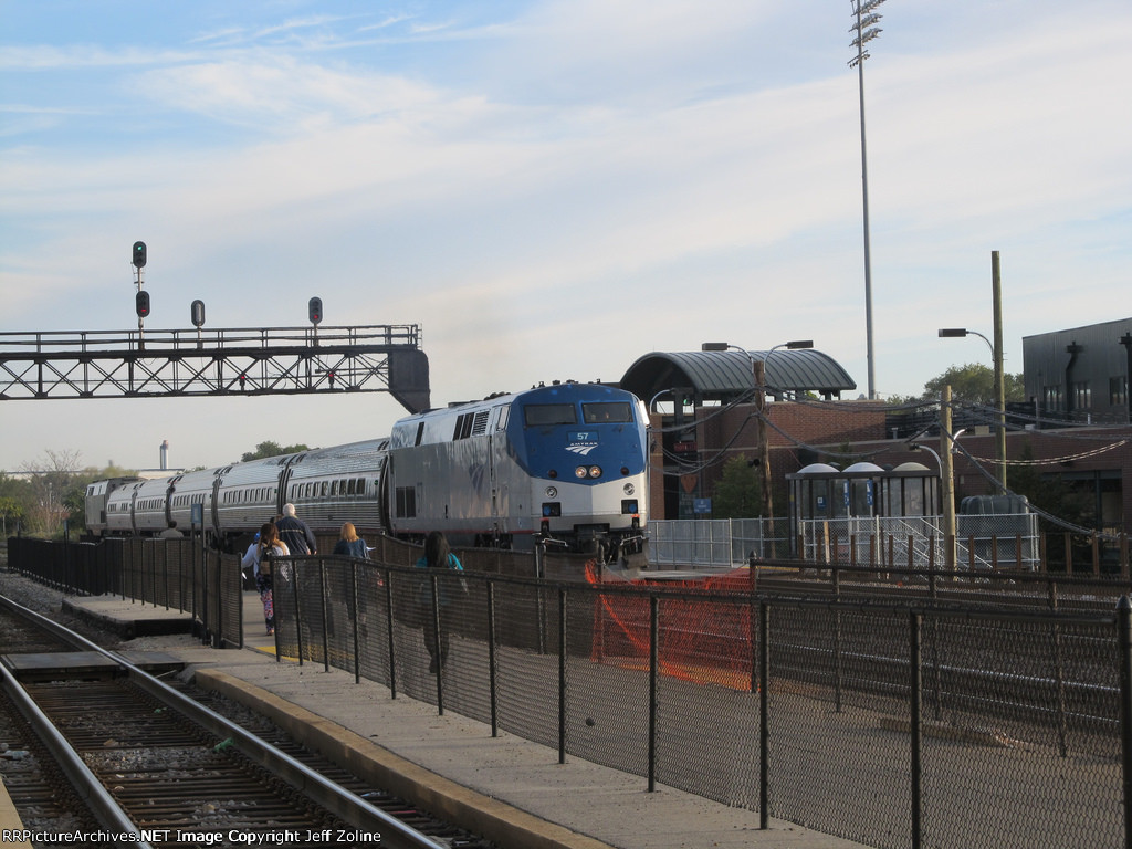 Amtrak Lincoln Service at the Joliet Union Station Temporary Platform