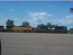 NS 2778 & BNSF 4924