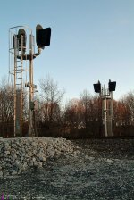 SIGNALS AT HOLMESVILLE ROAD CROSSING ON NS RAILWAY