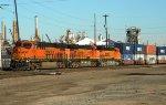 BNSF 6752 Leads a hot z train