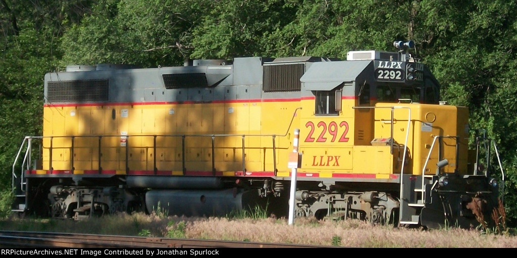 LLPX 2292, engineer's side view
