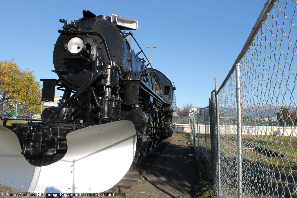 ARR 556 on display in a park