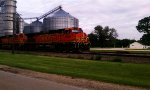 BNSF 4370 and 4878