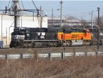 NS 2693 and BNSF 9280