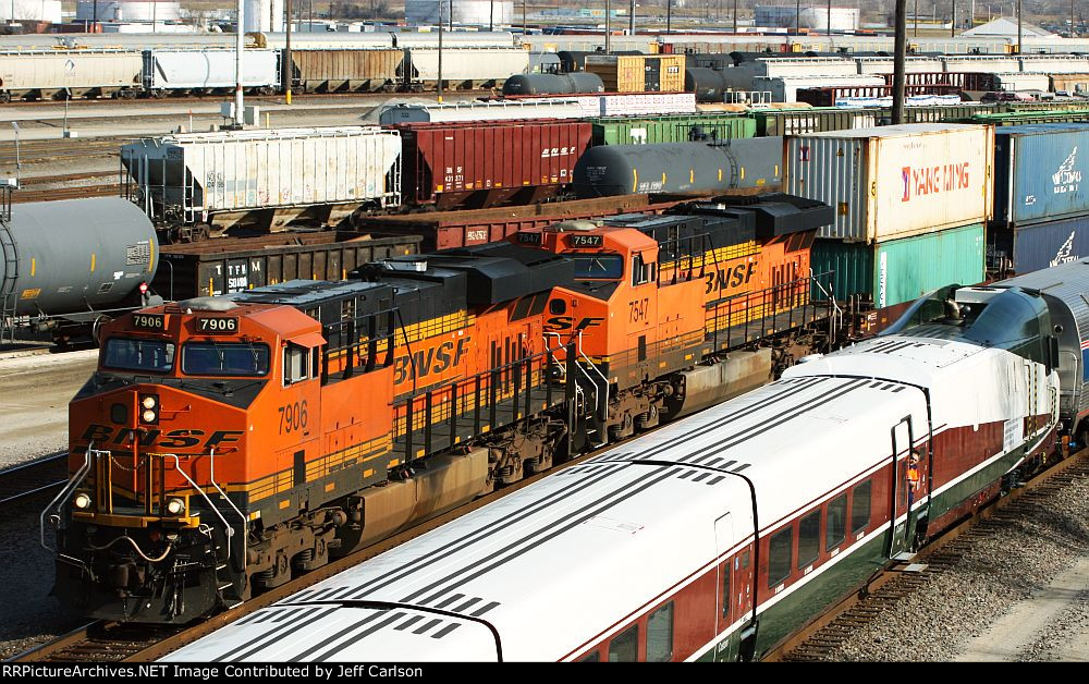 BNSF 7906 passing the Talgo set