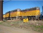 UP 2528 and HLCX 1067 at Salina, Kansas