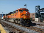 BNSF 8555 leads an intermodal