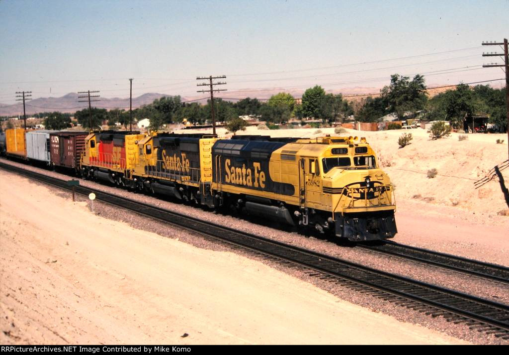 Santa Fe F45 5982
