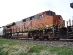 BNSF ES44C4 6840