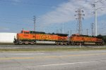 BNSF 4944 and BNSF 5472 - Burlington Northern Santa Fe
