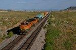 BNSF ES44DC 7609