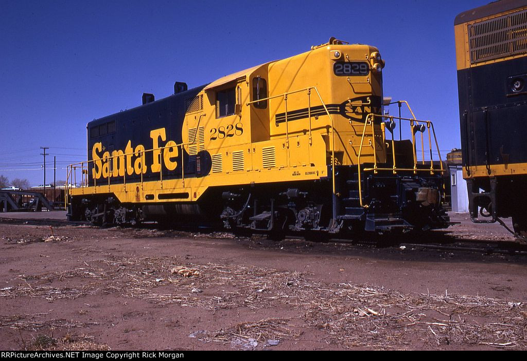 ATSF GP7 2828 in Fresh Paint