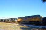 UP SD70ACe 8668 & NS C44-9W 9910