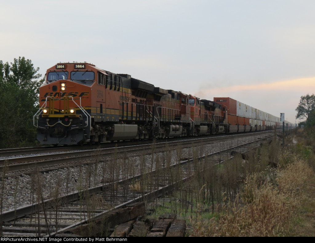 BNSF 3864