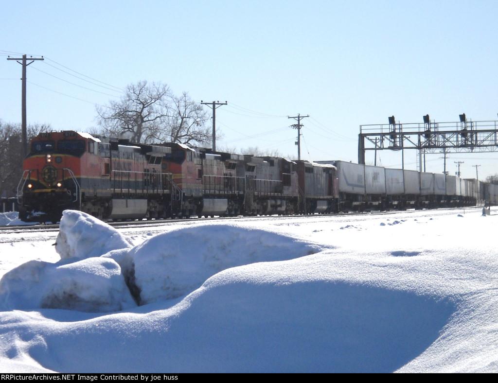 BNSF 977 West