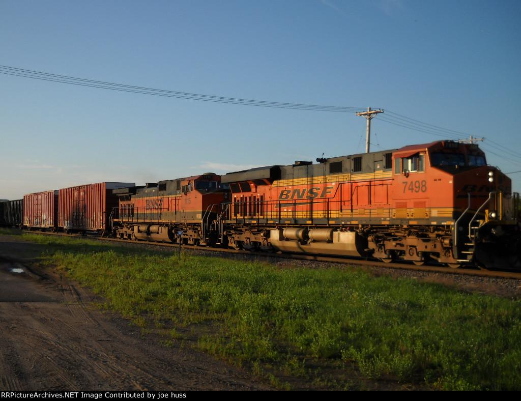 BNSF 7498 West