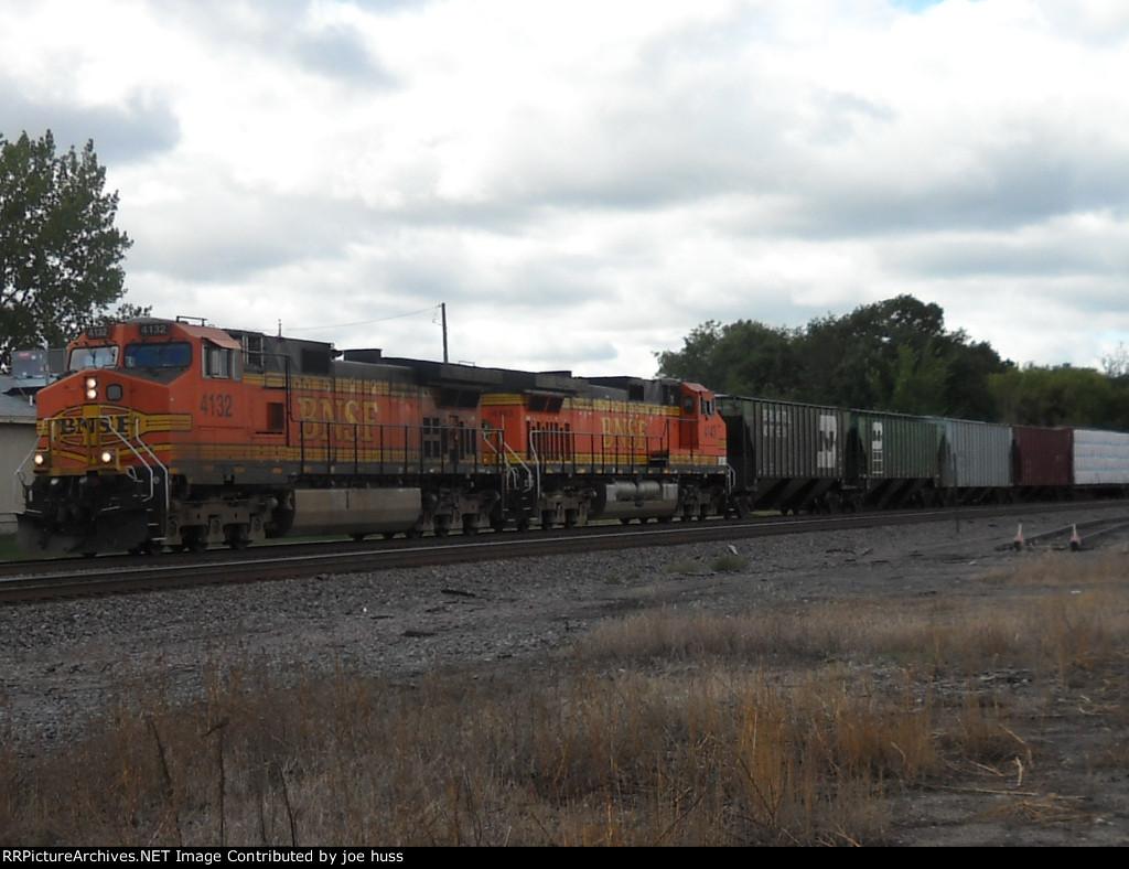 BNSF 4132 East