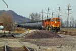 BNSF 7390 Leads a oil can Sb out Of Elsberry,