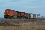 BNSF 5404 Takes a freight Nb In the last Light.