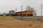 BNSF 9855 leads a oil can Sb.