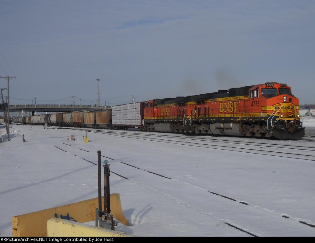 BNSF 4775 East