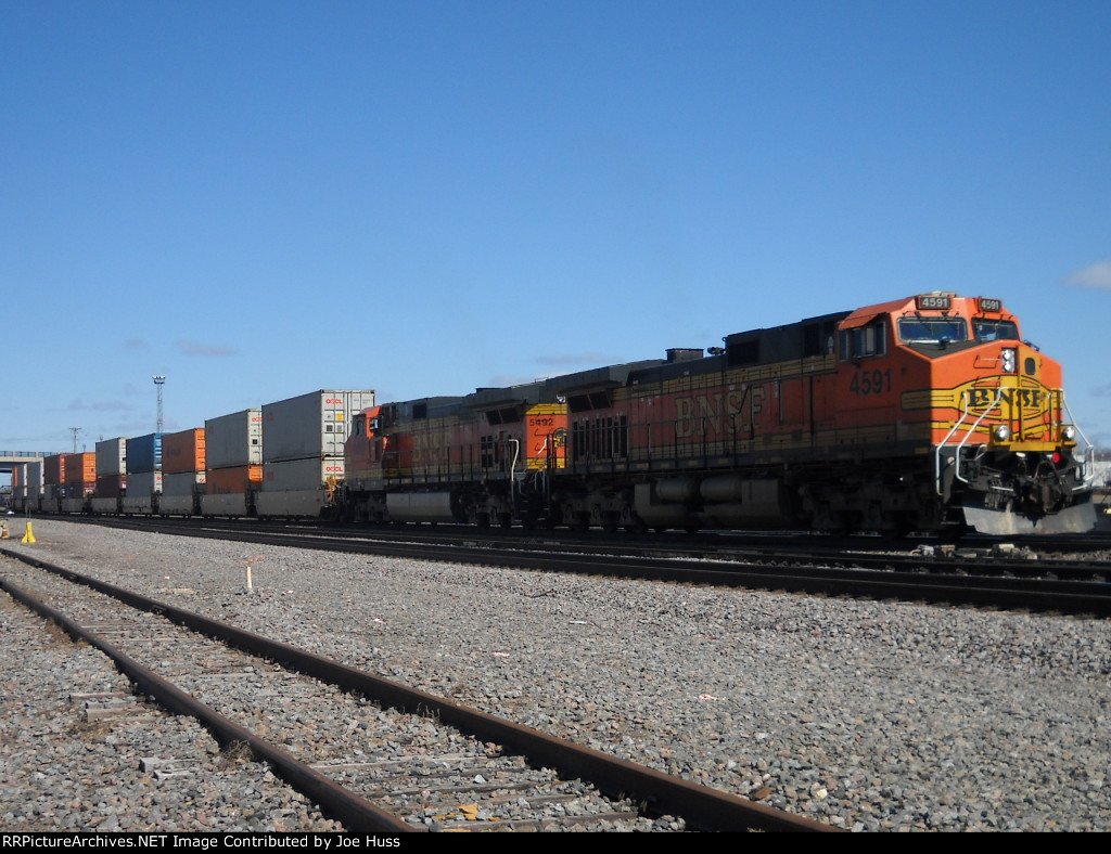 BNSF 4591 East