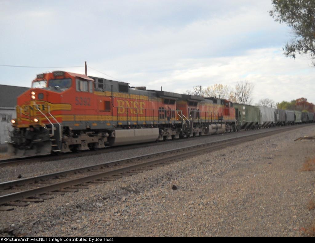 BNSF 5392 East