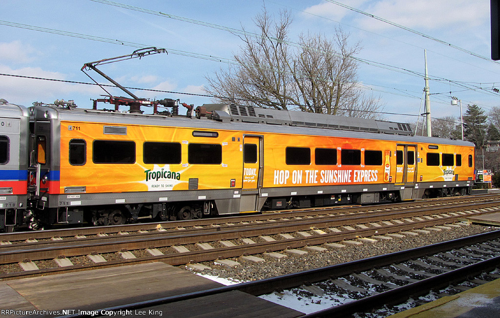 SPAX 711 Sunshine Express