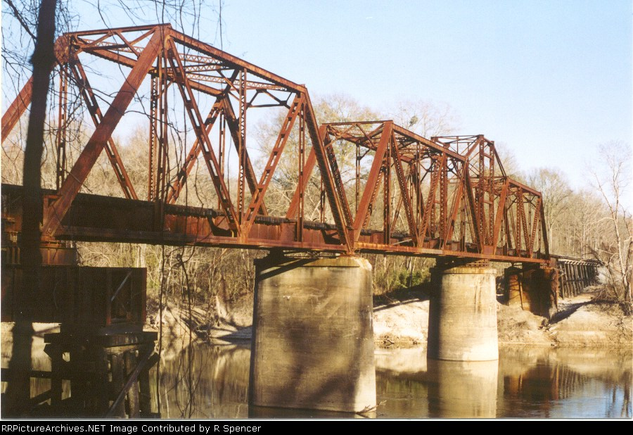 Mississippi Central turnbridge over Pearl River