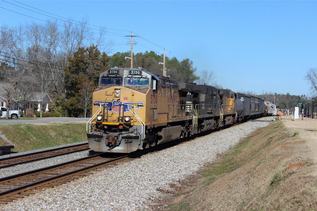 NS 153 Manifest Train