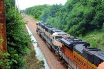 BNSF 9721 9515 CSX Train K040-30 Crude Oil Loads