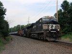 NS 8034 8111 BNSF 4875 CSX Train K040 Crude Oil Loads