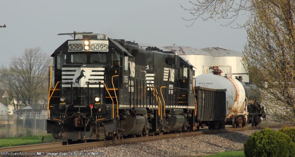 NS 3095 GP40-2