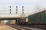 Trash train Knockin' down the signals at Saint Denis